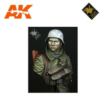 YM YM1825 GERMAN INFANTRY RUSSIAN FRONT WWII AK-INTERACTIVE YOUNG MINIATURES