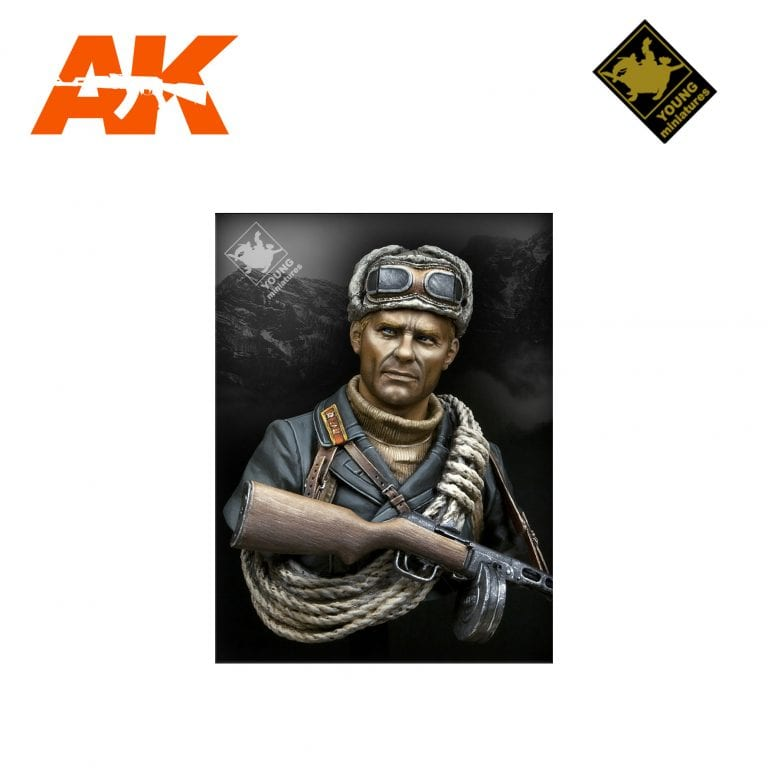 YM YM1827 SOVIET MOUNTAINEER OFFICER 1942 AK-INTERACTIVE YOUNG MINIATURES
