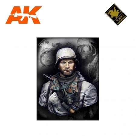 YM YM1849 GERMAN MOTORCYCLIST EAST FRONT WWII AK-INTERACTIVE YOUNG MINIATURES