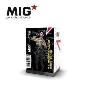 MP35-403 souvenir hunter europe resin figure mig productions akinteractive