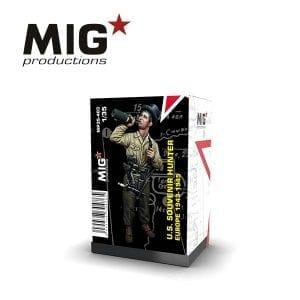MP35-403 souvenir hunter europe resin figure mig productions akinteractive