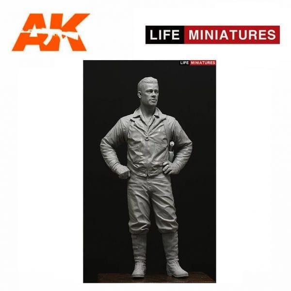 Life Miniatures LM-16001