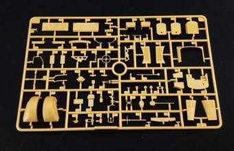 BRON CB35182_details (11)