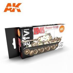 AK11654 1945 PANZER COLORS