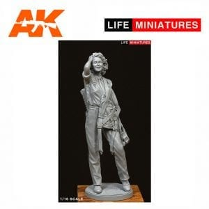 LM-16005 Attagirl - WW2 British ATA Pilot (1/16 scale)